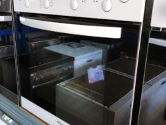 """ФУРНА ЗА ВГРАЖДАНЕ Miele H 4100ЕС с керамичен плот, произведена в Германия, втора употреба . ЕНЕРГИЕН КЛАС """"А"""".Брой функции 7 Осветление: Вентилатор със собствен нагревател /Конвекция плюс/Горно/Долно нагряване ГрилГрил + вентилатор Внимателно печене за получаване на загарБързо загряване. Плот: с две оширения.Управление с пуш бутони. Предни елементи : цвят бял , черна огледална вратаMiele Perfect Clean емайл за лесно почистване на фурната и тавитеClean Glass – двойно стъкло на вратата , охлаждане на вратата. Вентилатор за охлаждане.60смx60см 55.5см дълбочинаМоже да закупите шкаф за вграждане от нас на цена от 90 лв.ГАРАНЦИЯ: 24 МЕСЕЦАБЕЗПЛАТЕН ТРАНСПОРТ ЗА СОФИЯ / Опция за закупуване на изплащане с БНП ПАРИБА"""